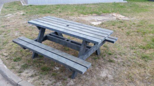Stół piknikowy - kompozyt