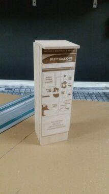 Skrzynka na wino - automat biletowy - laser